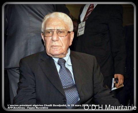 voir le zoom : L'ancien président algérien Chadli Bendjedid, le 19 mars 2010 à Alger
